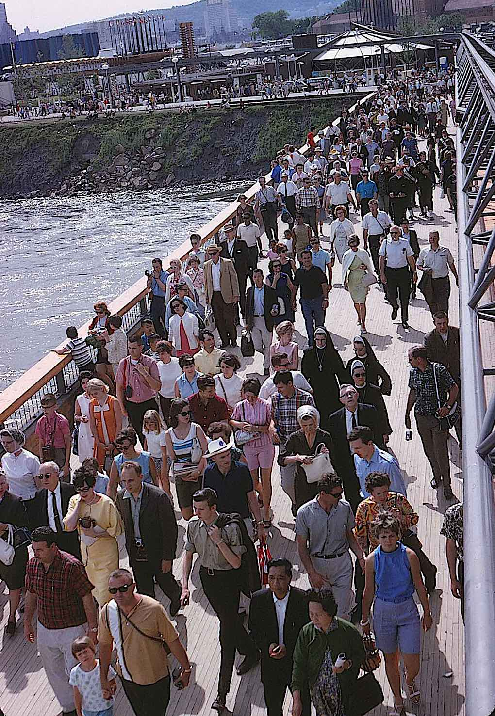 Expo '67 crowds, a photograph