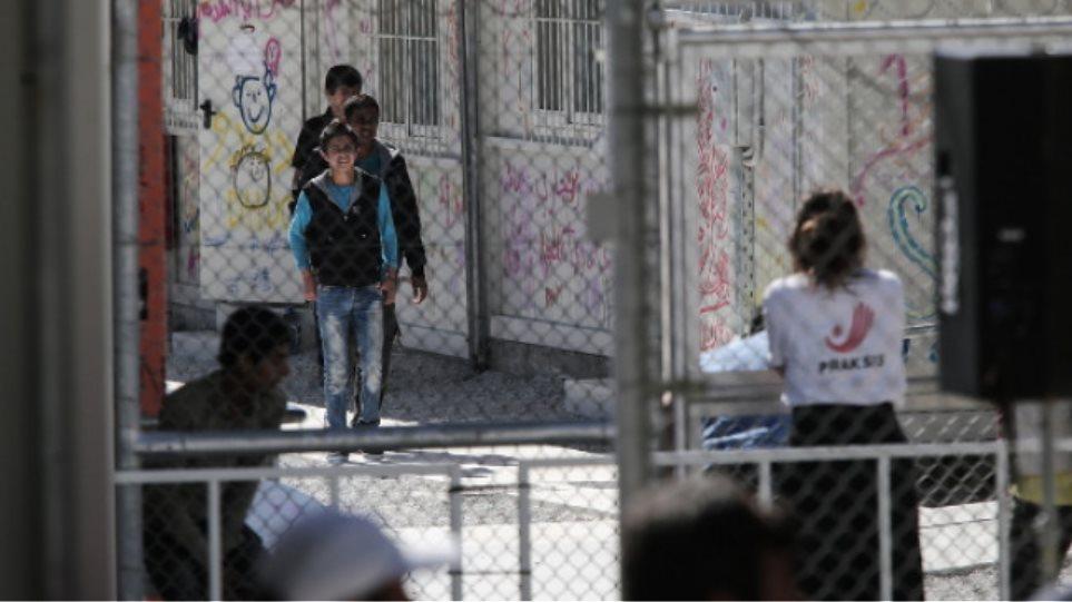 Μετακινούνται 1.000 «πρόσφυγες» από τα νησιά έως τη Δευτέρα  προς την ενδοχώρα