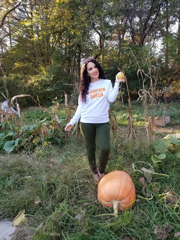 Aceshin Pumpkin Queen Sweatshirt