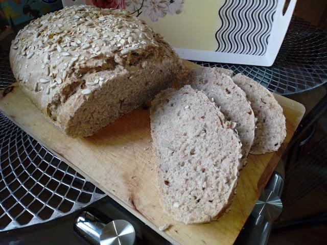 nocny chleb z garnka chleb pszenno owsiany chleb na drozdzach chleb z maki owsianej chleb ze slonecznikiem chleb owsiany ze slonecznikiem chleb z ziarnami