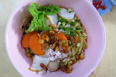 Teochew Fish Ball Noodle - teochew fish ball mee pok