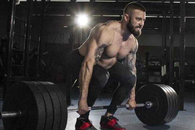 Tập gym có bị giãn tĩnh mạch tinh hoàn không ?