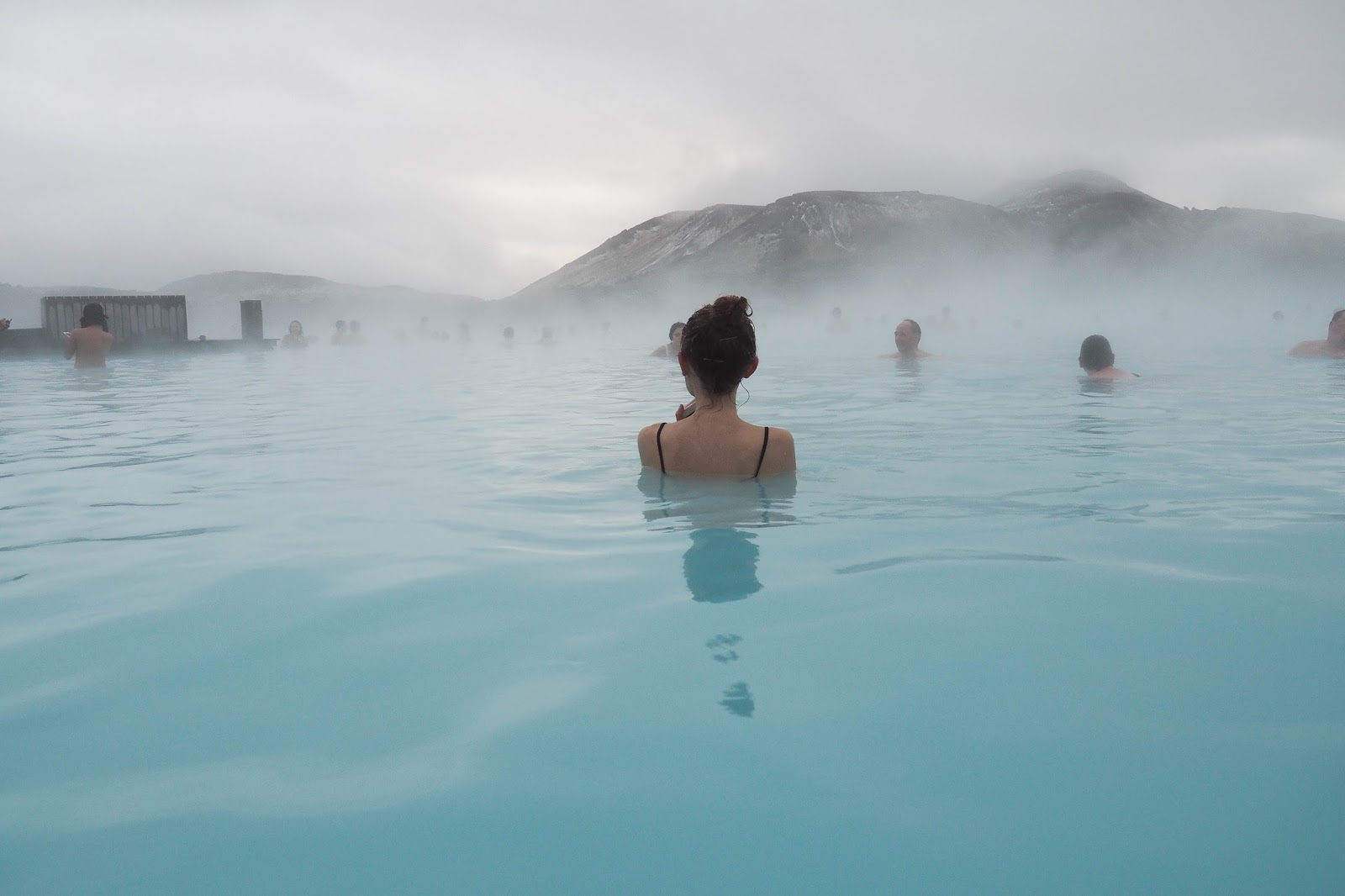 The magic of iceland 39 s blue lagoon salt and chic for Where is the blue lagoon located in iceland