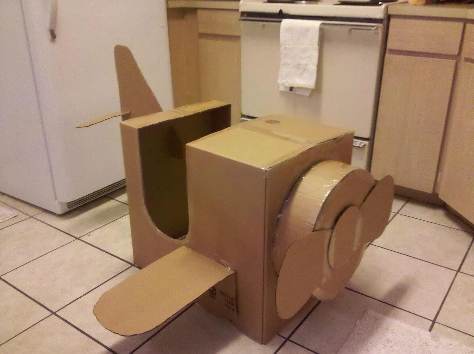 first birthday party 7 cardboard box airplane nasagreen. Black Bedroom Furniture Sets. Home Design Ideas
