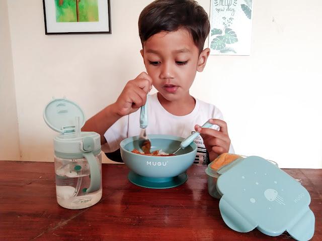 rekomendasi training cup bayi dan peralatan makan anak yang aman dan food grade