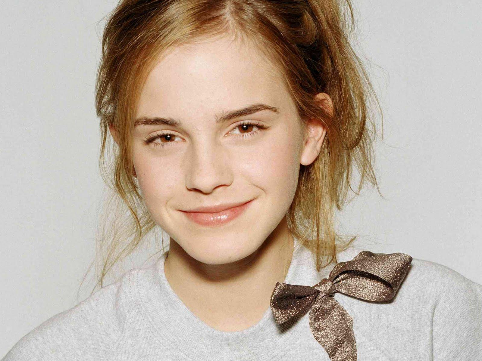 Emma Watson Hair Style: Hairstyle Photo: Emma Watson's Top 5 Enchanting Hairstyles