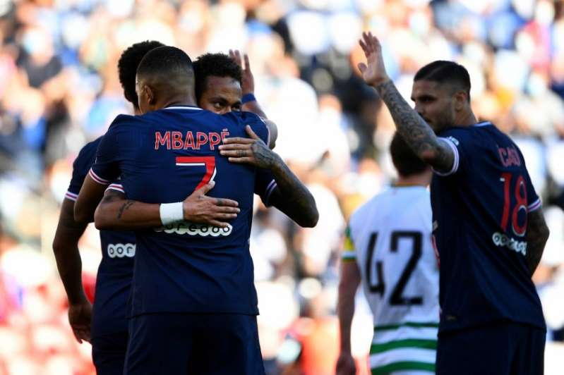 Web elogia drible abusado de Neymar contra o Celtic