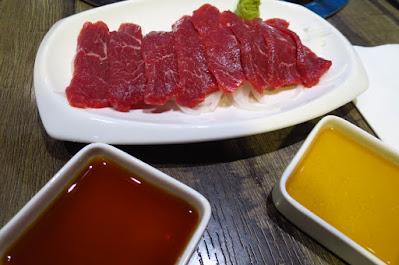 The Hitsuji Club, lamb sashimi