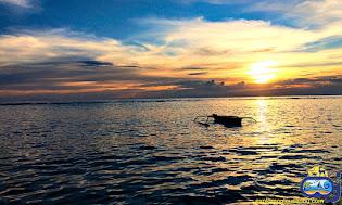 sunset di pulau sebira