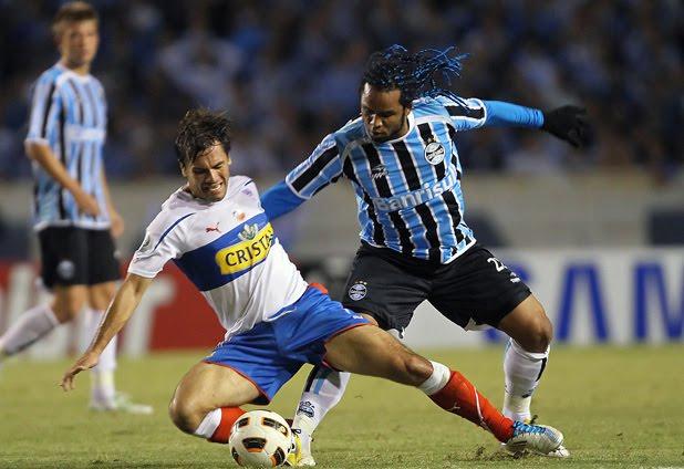 d8aca0115d886 ... UC y Gremio de Porto Alegre por los octavos de final de la Copa  Libertadores