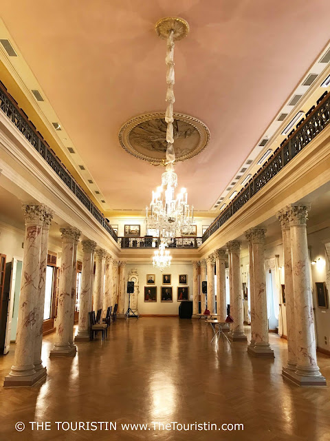 Museum of the History of Riga and Navigation columns Classicism