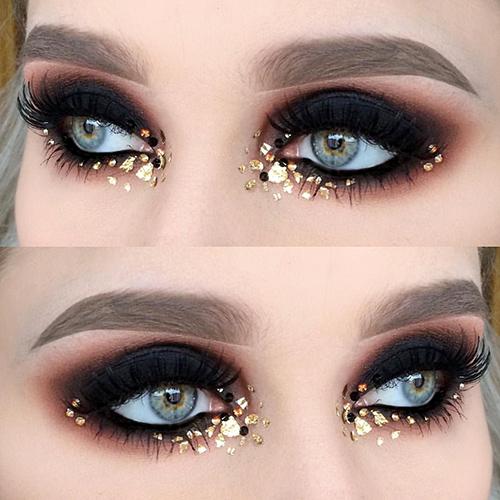 Smokey eyes negro y dorado para Nochevieja