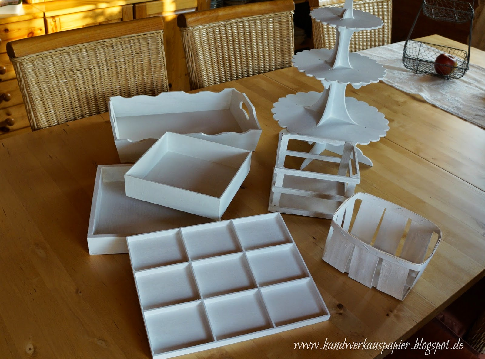 handwerk aus papier heute mal gepinselt. Black Bedroom Furniture Sets. Home Design Ideas