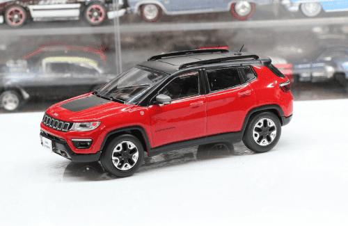 grandes autos memorables Jeep Compass 2018 1:43