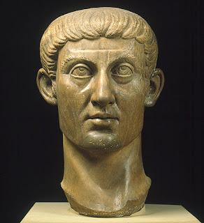 تمثال قسطنطين