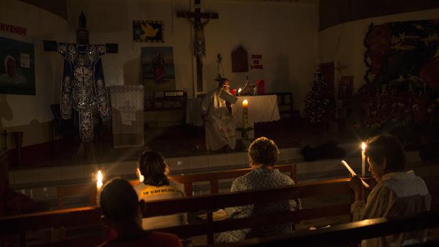 El Vaticano sopesa ordenar sacerdotes a hombres casados en la Amazonia