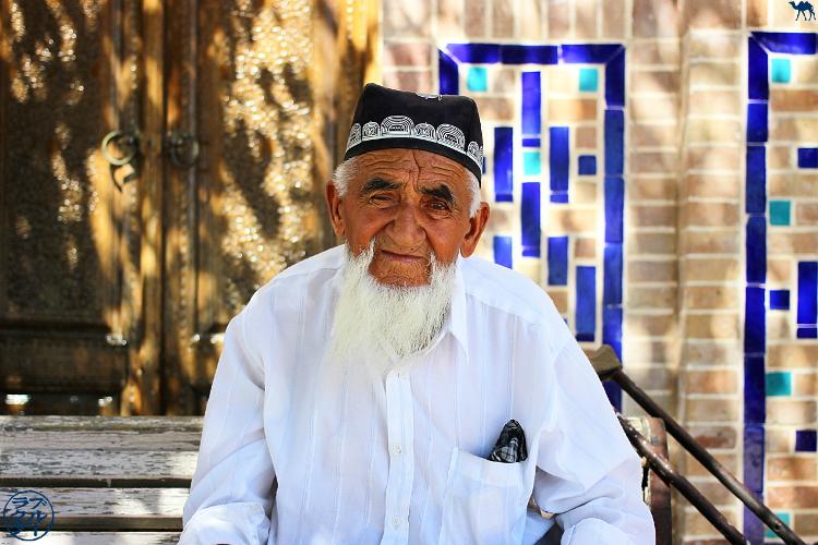 Le Chameau Bleu - Blog Voyage Ouzbékistan - Habitant de Boukhara - Asie Centrale