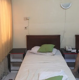 Kamar Hotel Adis Syariah Indramayu