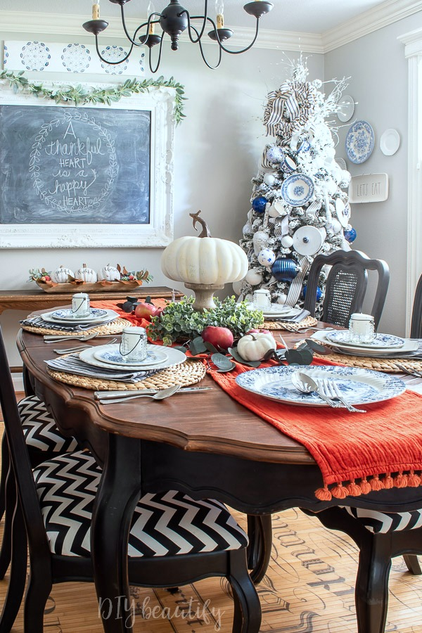 dining room decorated for Thanksgiving and Christmas