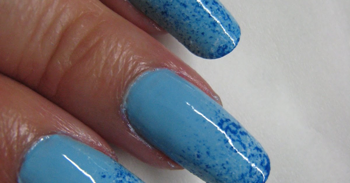 August 2011 Nail Art Polish Manicure Designs Photo: Nail Art: Unique Nail Art Polish : Blue Nail Design
