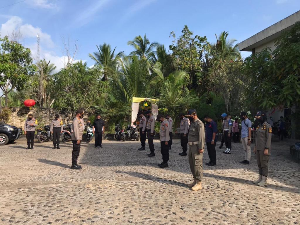 Polres Lingga Lakukan Pengamanan Rapat Pleno Penetapan Paslon Terpilih Bupati dan Wakil Bupati Lingga