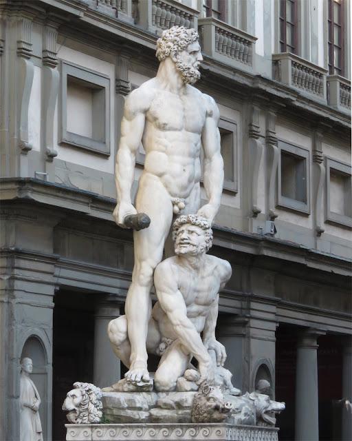 Ercole e Caco (Hercules and Cacus) by Baccio Bandinelli, Piazza della Signoria, Florence