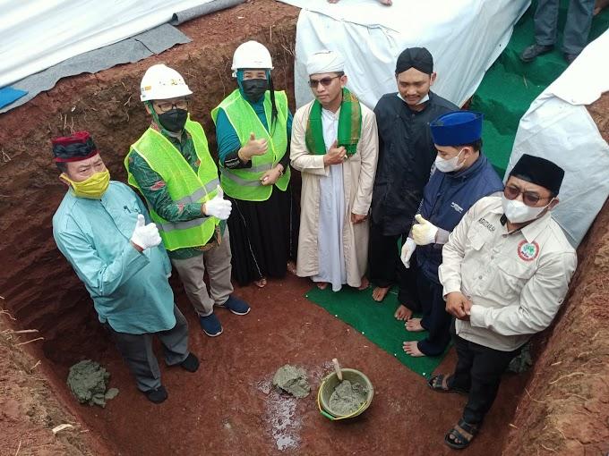 Wakil Walikota Letakkan Batu Pertama Pembangunan Pondok Pesantren Yatim dan Dhuafa