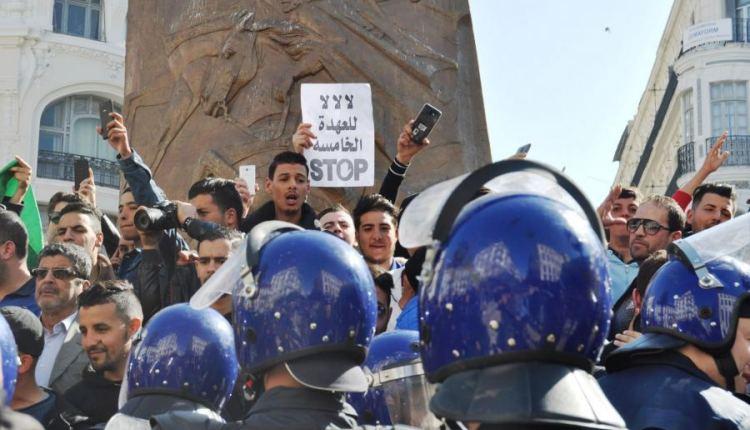 عاجل…بوتفليقة يتراجع عن الترشح لرئاسة الجزائر
