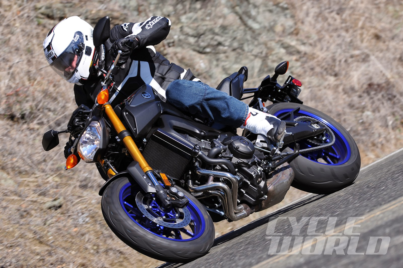 2014 yamaha fz 09 first ride for Yamaha fz09 specs