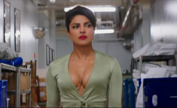 Priyanka Chopra Smoking Hot & Exposing In The Baywatch Trailer-SuperHot Cleavage But for a 3 Second