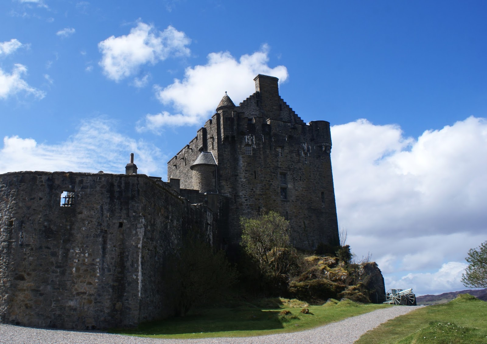 eilean donan castle dornie scotland uk road trip travel united kingdom
