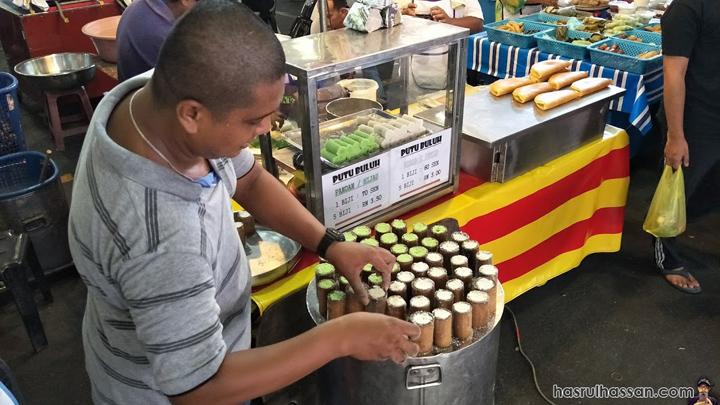 Jual Putu Bambu di Bazar Ramadan