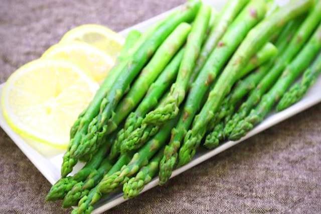 8 loại rau nhất định phải có trong thực đơn của mẹ sau sinh
