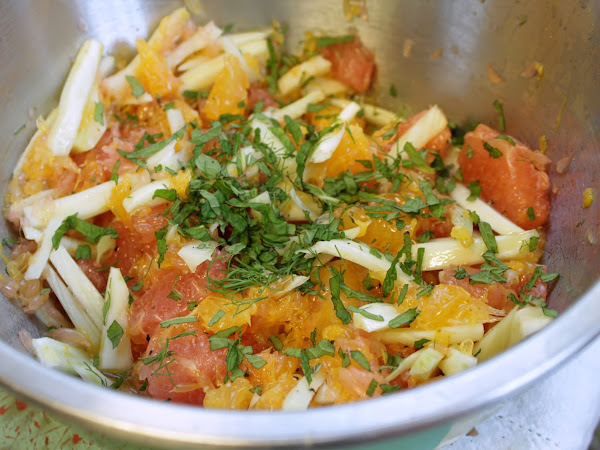 A cool refreshing side that will perk up leftovers (Citrus fennel salad)