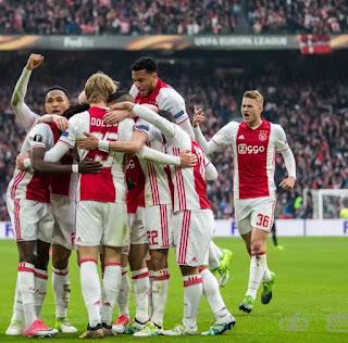 UEL Ajax Thrash Lyon