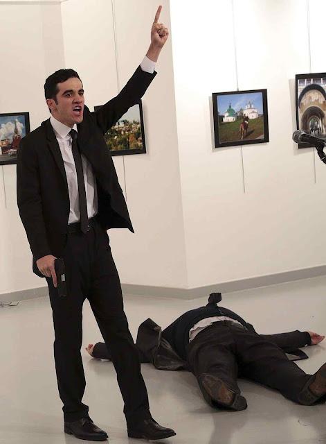 Assassinato do embaixador russo em Ancara: foi o único explicado