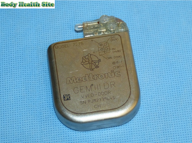 Do all pacemakers have defibrillators