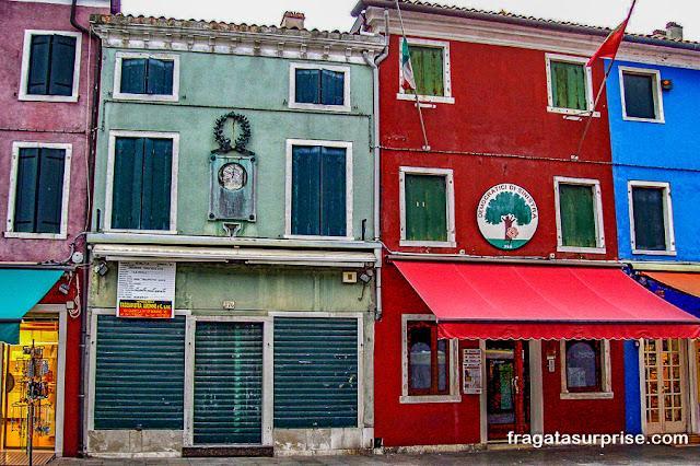 Sede do antigo Partido Comunista na Ilha de Burano, Itália