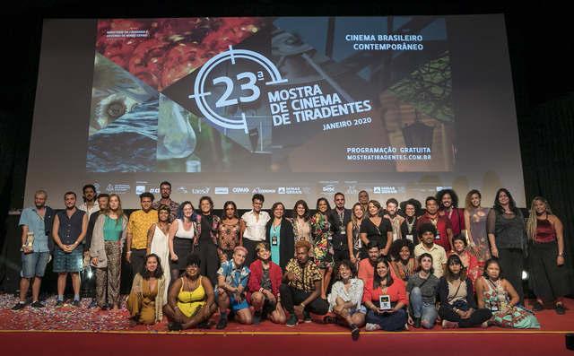 """O filme cearense """"Canto dos Ossos"""", da dupla Petrus de Bairros e Jorge Polo, venceu como melhor longa-metragem da Mostra Aurora na 23ª Mostra de Cinema de Tiradentes."""