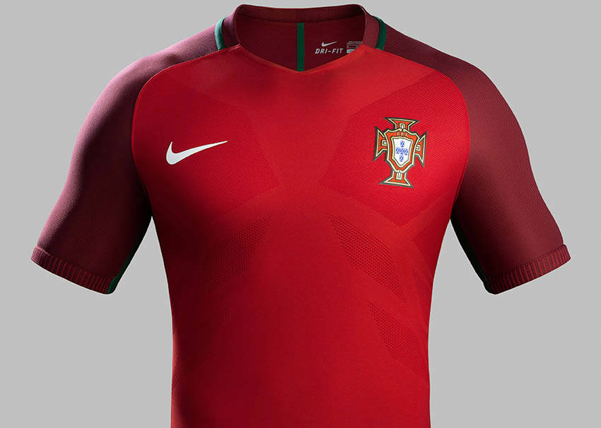 818c3361c Lazy creation of red Nike kits over the past year.   soccer