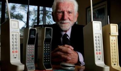 Sejarah pembuatan handphone pertama di dunia