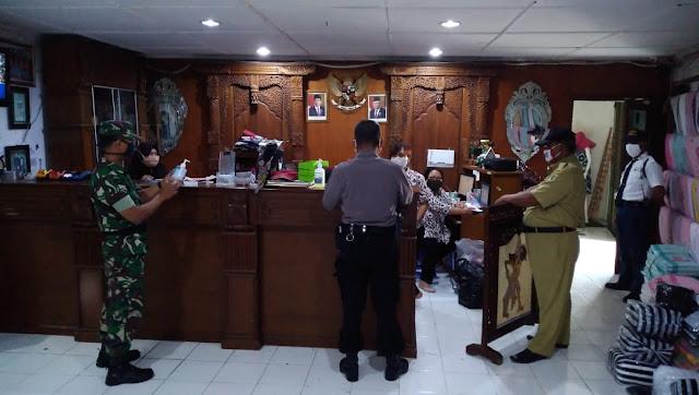 TNI - Polri Dan Pemerintah Kecamatan Pedan Gencarkan Himbauan Terkait Covid-19