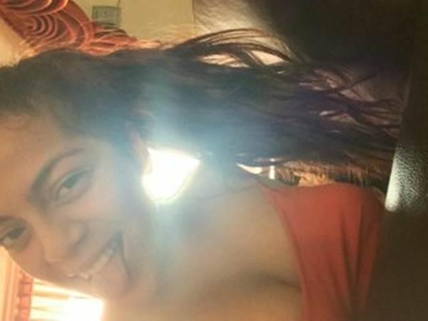 Colegialas desnudandose en webcam Emily de Los santos, Valencia