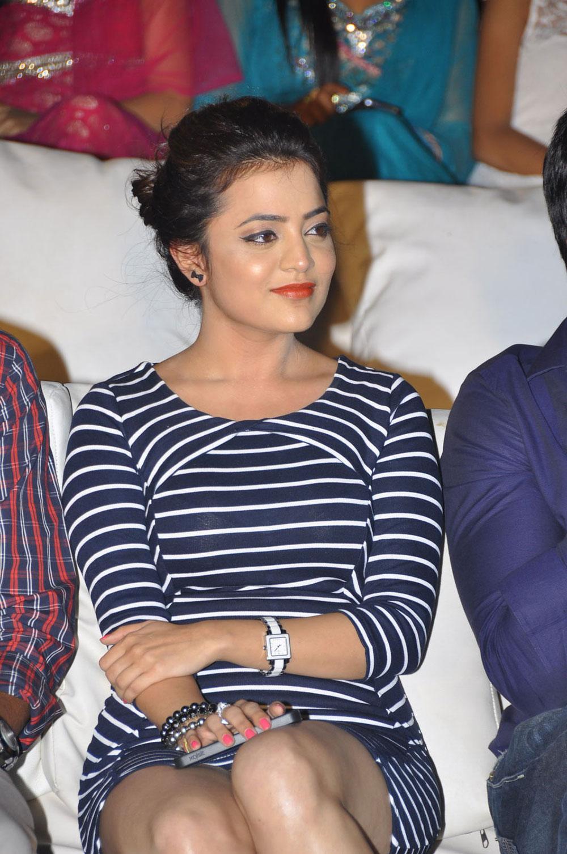 glorious hot sexy sparkling Nisha agarwal hot at saradaga ammayilatho audio
