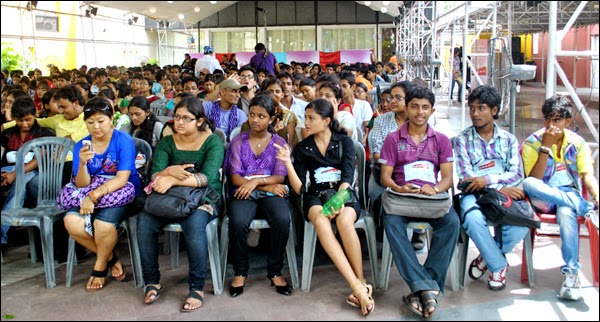 Crowd for one of the auditions