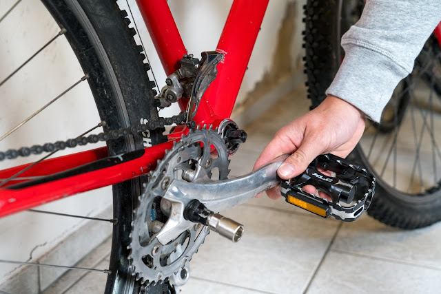 E-Bike-Umbau So baust du dir dein eigenes E-Bike mit Mittelmotor  DIY E-MTB Anleitung zum E-Bike Umbau mit Bafang BBS01 Mittelmotor E-Bike selber bauen aus altem Mountainbike 08