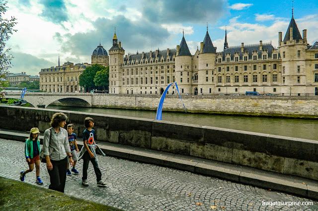 Paris: a antiga prisão da Conciergerie