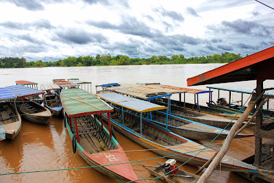 Boats on the Mekong Islands 4000