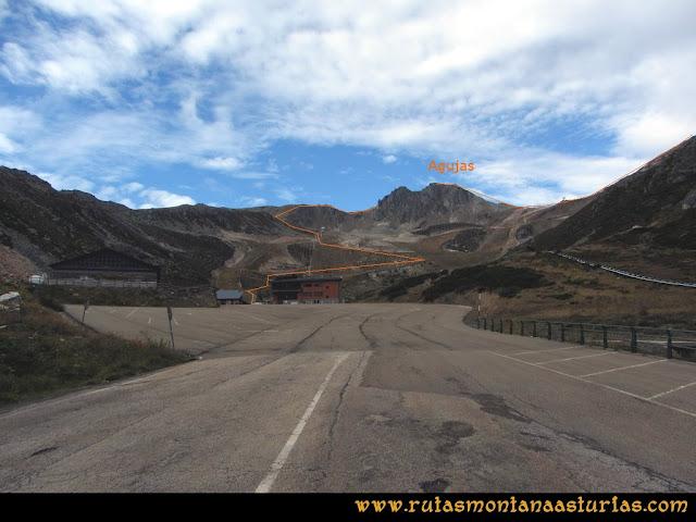 Ruta Pico Toneo y Peña Agujas: Camino de la estación al Agujas