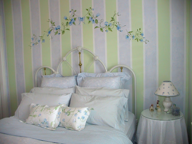 Striped Wall Painting Service